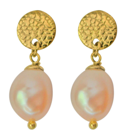 Zoetwater parel oorbellen Flow Round Gold Pearl Peach