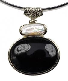 Zoetwater parelketting met edelsteen Biwa Black Agate