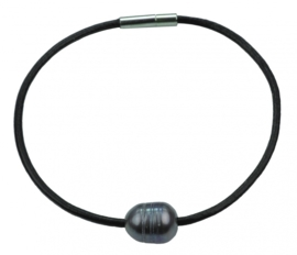 Zoetwater parel armband Black Leather Pearl Grey