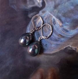 Mother of pearl parel oorbellen Verme Teardrop Small