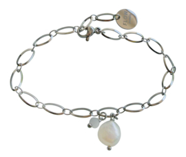 Zoetwater parel armband Flow Oval Silver Pearl