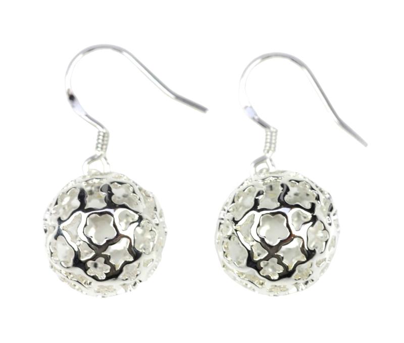 Verzilverde oorbellen Silver Ball