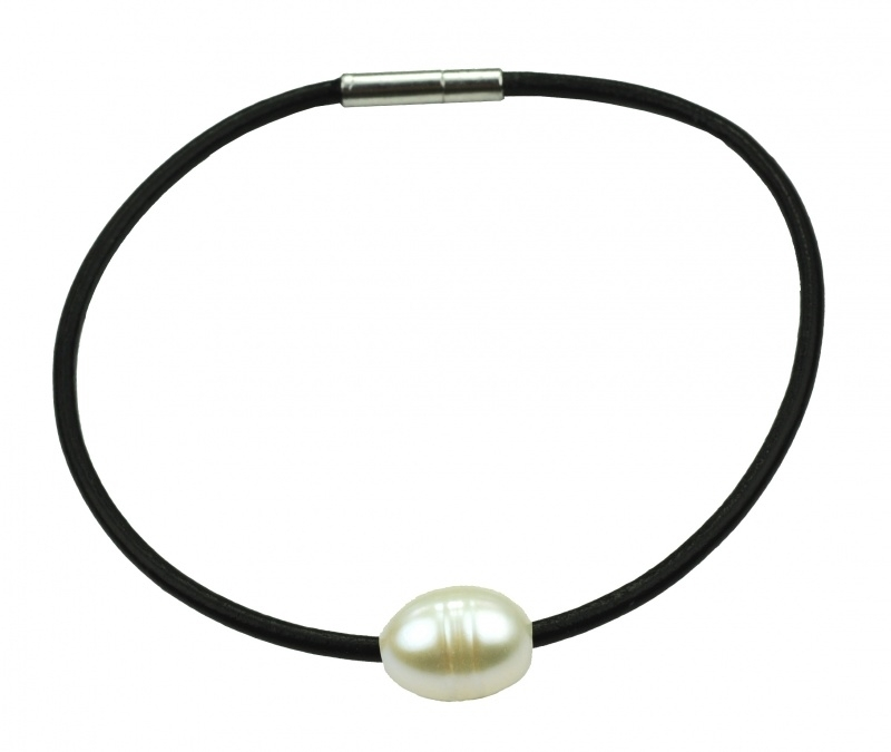 Zoetwater parel armband Black Leather Pearl White