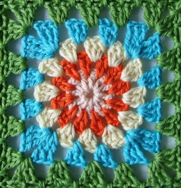 Haakpakket nr. 39 babydeken granny square cirkel