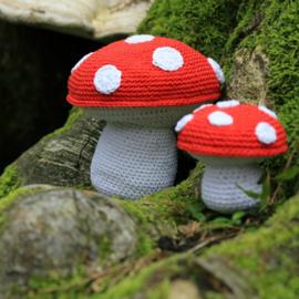 Haakpatroon nr. 22 paddenstoel groot en klein
