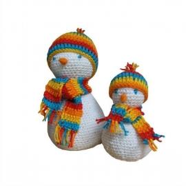 Haakpatroon nr. 15 sneeuwpop groot en klein