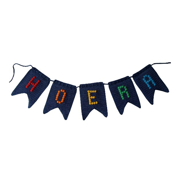 Haakpakket nr. 107 vlaggenlijn 'Hoera'