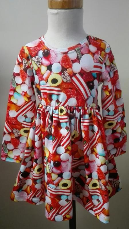 Jurk  Sterre  met snoepgoed