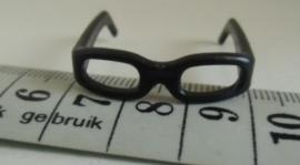 poppen bril, beren bril, brilletjes zwart ca 3 cm breed