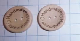 Ronde knoop met tekst Handmade with love ca 25mm.