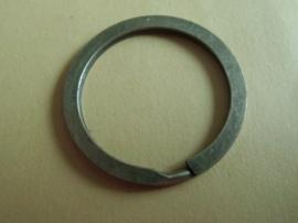 Sleutelring metaal 28 mm oudbronskleur