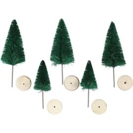 KERST bomen gemaakt van gedraaid draad en nylon haren. Elke boom wordt geleverd met een kleine, houten staander.  In 2 maten.