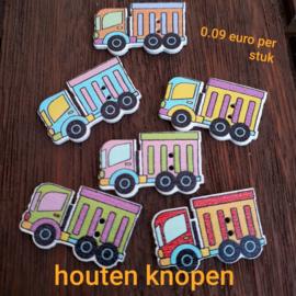 Houten knoop, vrachtauto....29 x 21mm,mix kleuren