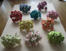 paper bloemen- 10 bloemen per bosjes