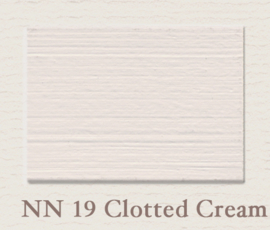 Painting the Past verf NN19 Clotted Cream
