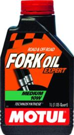 olievoorvork olie Motul Medium 10W