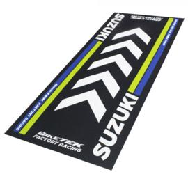Garage Mat / Milieu Mat  Suzuki Serie 4