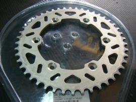 Kettingwiel (16)  Aprilia SXV450-550 46T (demo zgan)