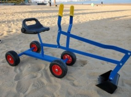 Zandbak kraan met wielen blauw.