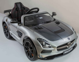 Mercedes SLS mp4 Carbon Silver         18-2-2020