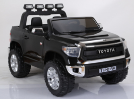 TOYOTA Tundra    arrival pending