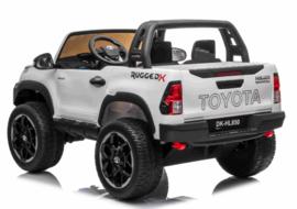 Toyota Hi-Lux zwart, BlueTooth, FM radio, 2 zitter, zwart , leder, 2.4ghz softstart,  (HL850wt)