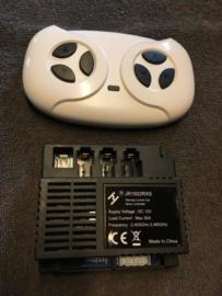 JR1922RXS controlbox met RC 2.4ghz , oa:  HL228 Mercedes GLS,
