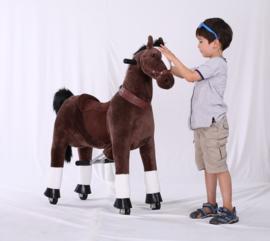 """Kids-Horse """"Caspar""""  bruin witte bles en hoef, voor kids van 4-9 jaar.  (TB-2009M)"""