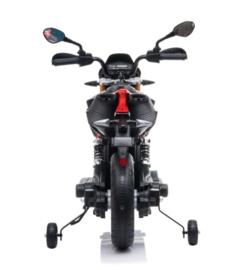 Aprilia Dorsoduro 900, 12V motor zwart/rood, leder, eva, Multimedia (A007)