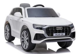 Audi Q8 white         Arrival    pending