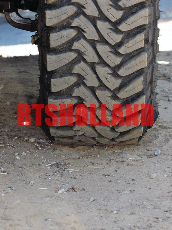 Toyo Open Country M/T 245/75R16