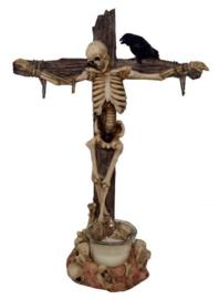 Skelet op Kruis met Raaf theelichthouder - 31 cms
