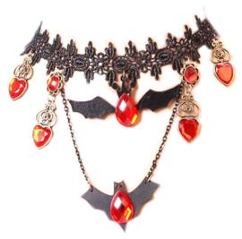 Zwarte kanten vampierenketting choker met rode strass stenen en vleermuizen