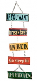 Metalen wandbord ketting Breakfast in bed