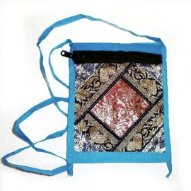 Passport bag of Indian sari silk 2