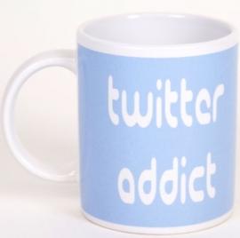Mok Twitter Addict