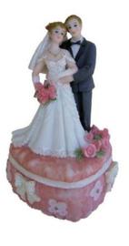 Huwelijk bruidspaar hartvormig doos 14 x 9 cm roze