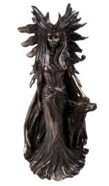 Hecate beeld bronskleurig 25 cm hoog