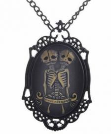 Gothic horror steampunk camee ketting skelet siamese tweeling