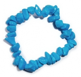 Turquoise chip bracelet of howeliet
