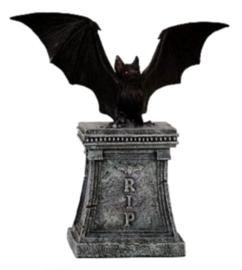 Vleermuis op grafzerk - RIP - 18 cm hoog