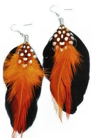 Veeroorbellen oranje zwart