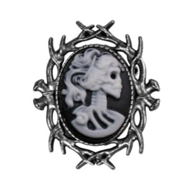 Fantasmagoria Witch Hunt brooch zilver