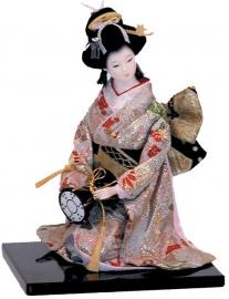 Geishapop Japanse dame met zilveren kimono en trommel 22 cm hoog