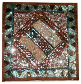 Indiase kussenhoes bruin met veel glitter