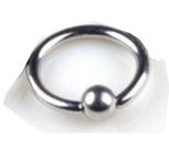 Wenkbrauw- neus- lippiercing zwart gesloten ring