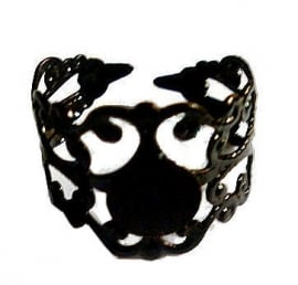 Zwarte Gothic filligree ring