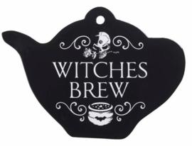 Alchemy of England - theepotvormige keramieke onderzetter dienblad snijplank met doodskop - Witches Brew - 18.7 cm breed