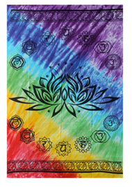 Bedsprei / wandkleed lotus met zeven chakrakleuren -147 x 208 cm