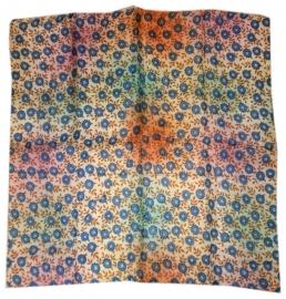Indiase zijden sjaal met bloemetjes dessin 66 x 66 cm 4